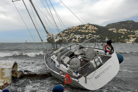 High winds batter Majorca