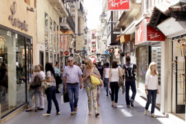 Balearic population continues to grow despite fall in EU residents