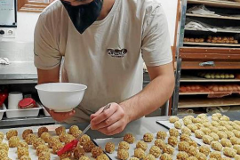 How to make traditional Mallorcan panellets