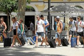Travel to Spain collapses as coronavirus hits