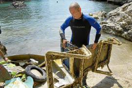 Calvia wants tourists to help keep the beaches clean