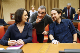 Podemos would overtake Socialists if new election held in Spain
