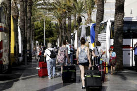 Tourist tax should be the same rate all year, says Podemos
