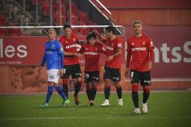 Mallorca thrash nine-man Logroñes 4-0