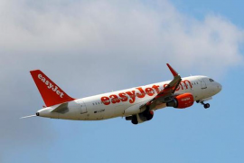 Easyjet changes cabin baggage rules