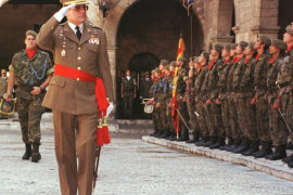 Ex-Balearics commander general a signatory of anti-government letter