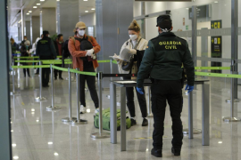 PCR controls for Spanish travellers start on Sunday
