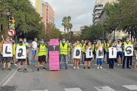 EMT workers threaten more strike action in Palma