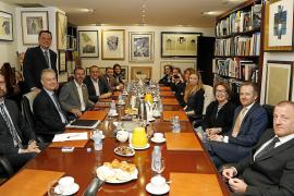 British ambassador meets Balearic tourism authorities