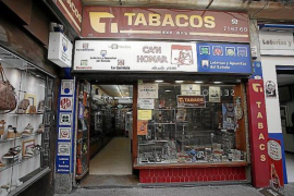 Tobacconists allowed to open 7 days a week