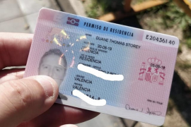 Mixed messages over collection of new TIE residence cards