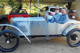 The iconic Mallorcan Loryc car