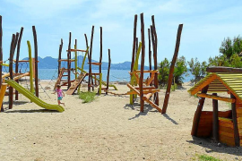 End of the children´s play areas on Puerto Pollensa beach