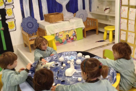 Winter Wonderland - Queen's College nursery children have great time learning about winter
