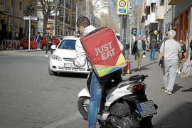 Food delivery company supporting bars & restaurants in Mallorca