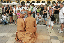 Palma has issued seventy street performer licences
