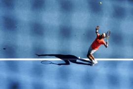 """Survivor"" Nadal back in form at Australian Open"
