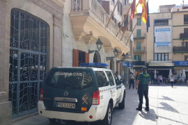Arrested for attacking Guardia Civil officer with an iron bar