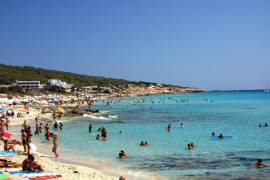Mallorca betting on vaccine passports to revive summer tourism