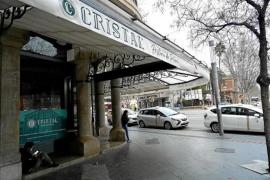 Bar Cristal ready to reopen in Plaça d'Espanya in Palma