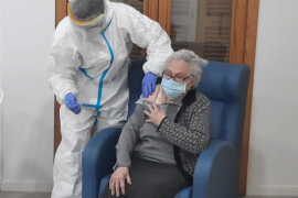 First day without care home new Covid cases since vaccination started