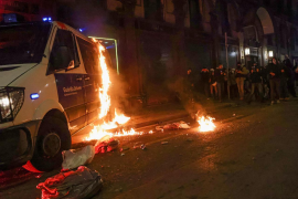 Police investigate possible role of foreigners in Barcelona riots