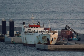 """Livestock ship """"Karim Allah"""" carrying Spanish cattle stranded on ship with suspected bluetongue is docked, in Cartagena"""