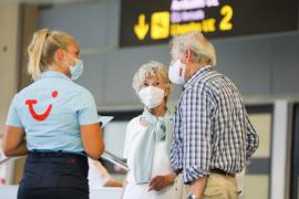 Tour operator headlines: interpret with care