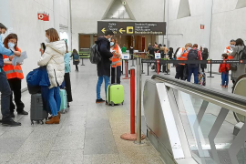 Negative tests required for all Spanish travellers arriving in the Balearics