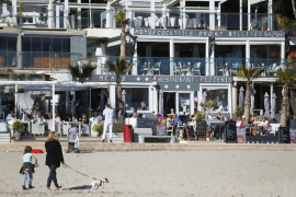German hotel owners angry over lockdown as holidaymakers head to Mallorca