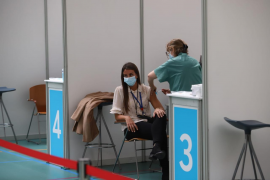 Vaccination with AstraZeneca restarts in Mallorca