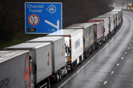 Truck drivers entering UK likely to need COVID test, source says