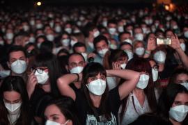 5,000 attend Barcelona pop concert