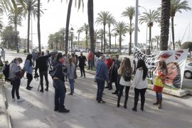Hospitality sector holds new protest against government measures