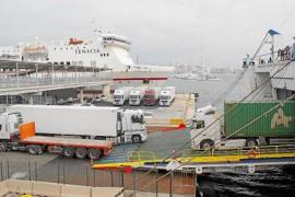 Shipping companies scramble to meet demand for supplies in Mallorca