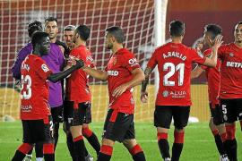Mallorca hang on for a vital 1-0 win