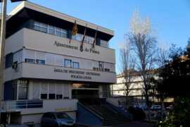 Probe launched after late night party at Palma police HQ