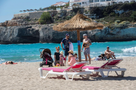 Spanish tourism looking to vaccines, UK green light, says Mallorca hotel boss