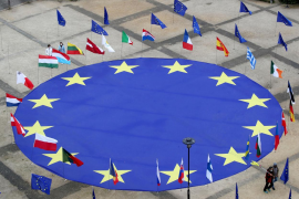 EU reaches deal on COVID-19 passes to rescue summer