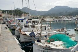 "Fishermen ""strike"" in protest against EU plan"