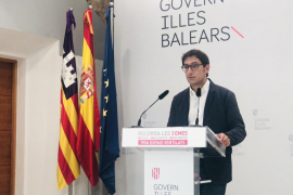 """Government stresses that """"botellón"""" street parties are banned"""
