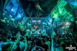 Spain backtracks on nightlife rules after regional complaints