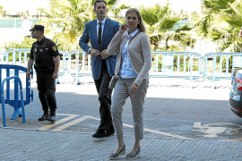 Manos Limpias pressing for Cristina eight-year sentence