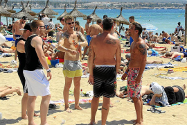Political uncertainty hitting Spanish tourism