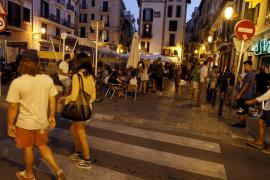 La Lonja restaurants demanding compensation from town hall politicians