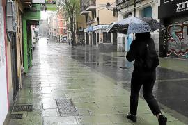 Balearics household spending fell 13% in 2020