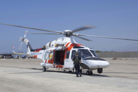 Helicopter rescues migrants off Cabrera