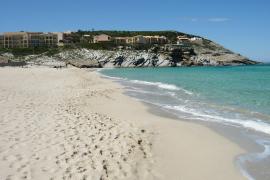 Spotlight North: Controlling the beaches in Alcudia