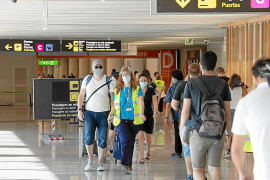 Airport busy, but tourist businesses are worried