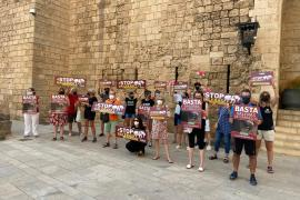 Protest against horse-drawn carriages in Mallorca